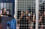 الأسرى في سجون الاحتلال.jpeg