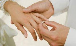 201309171415110.picking_wedding_rings_a_few_general_rules_1_.jpg